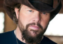 Toby Keith to headline 2019 Tree Town Festival